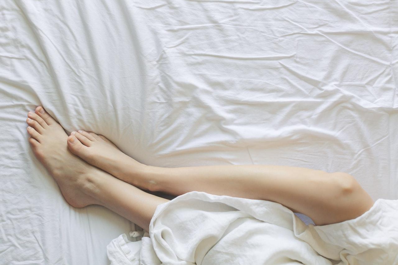 legs bed