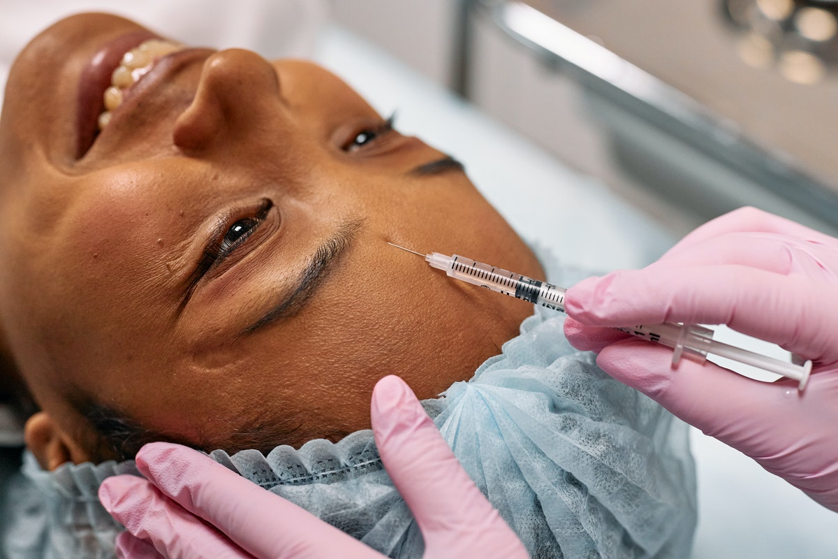 woman having a derma filler procedure